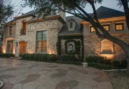 Custom Home Built By Desco Fine Homes in Dallas